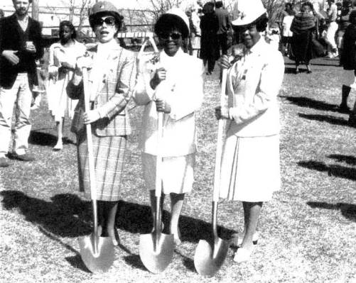430-n-dale-groundbreaking-mrs-timothy-o-vann-dr